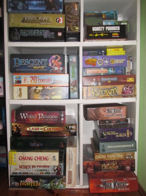Fragment kolekcji gier planszowych
